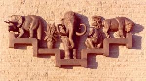 RoyalAlbertaMusuem-DinoSculptures
